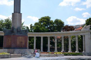 Памятник Героям красной армии в Вене