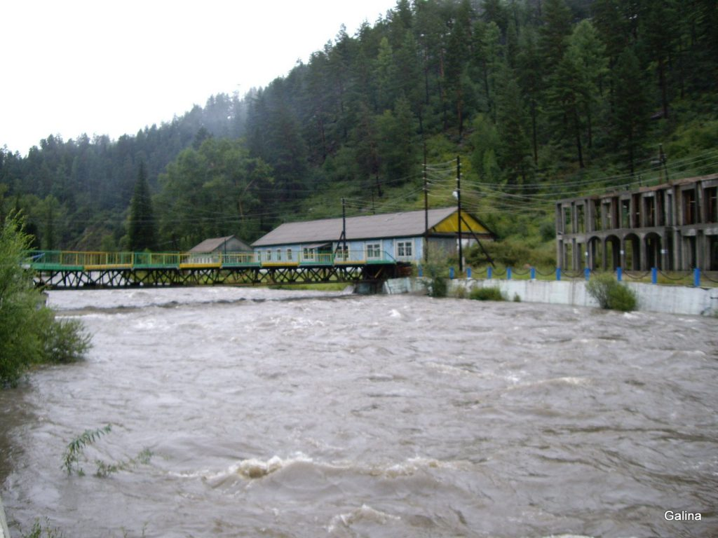 Горная река Ихе-Ухгунь