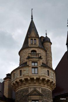 Замок Мошна