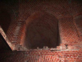 Оборонительный форт 2