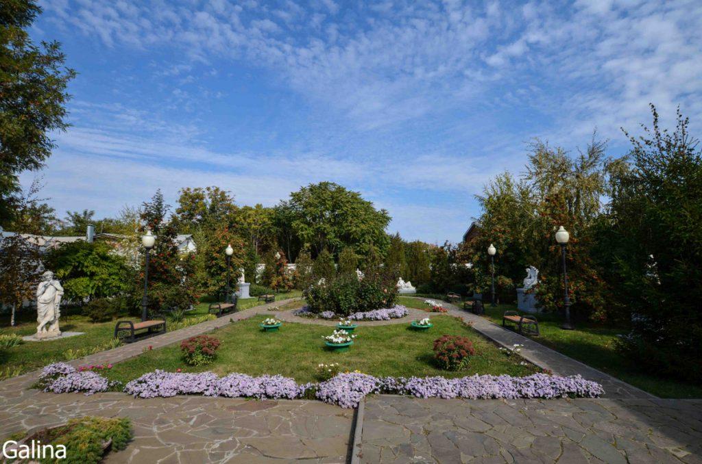 Двор художественной галереи Таганрога