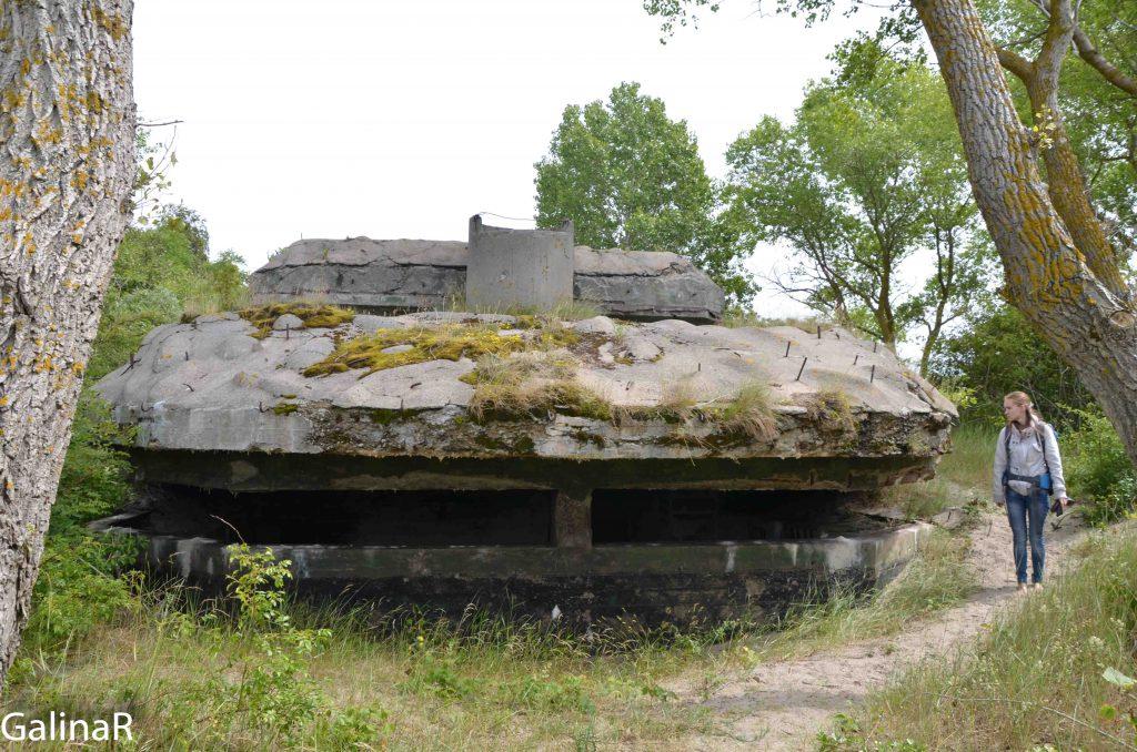 Двухэтажный бункер целеуказания снаружи