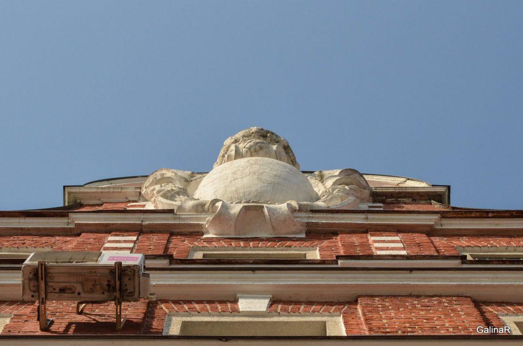 Фасад здания ФСБ в Калининграде