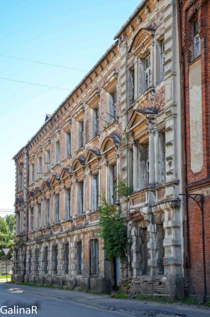 Старое здание Янтарной мануфактуры