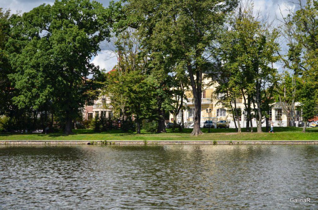 Виллы на берегу Верхнего озера в Марауненхоф в Калининграде