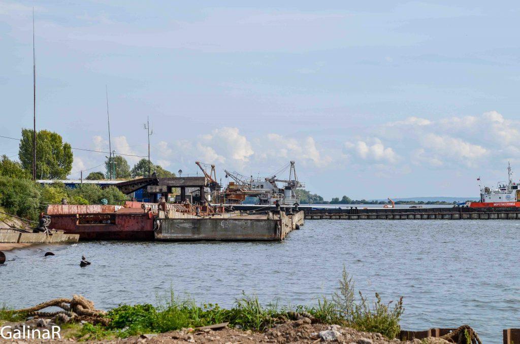 Причал кладбища кораблей в Балтийске