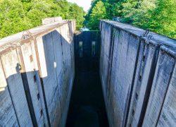 Плотина верхнего бьефа Мазурского шлюза