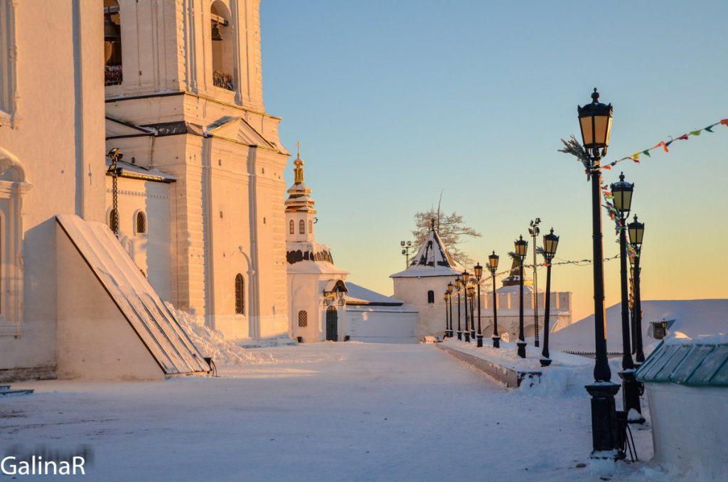 Тобольский кремле зимой на закате