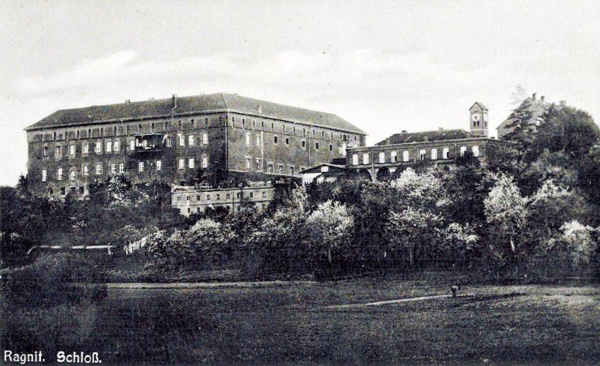 Замок Рагнит довоенное фото