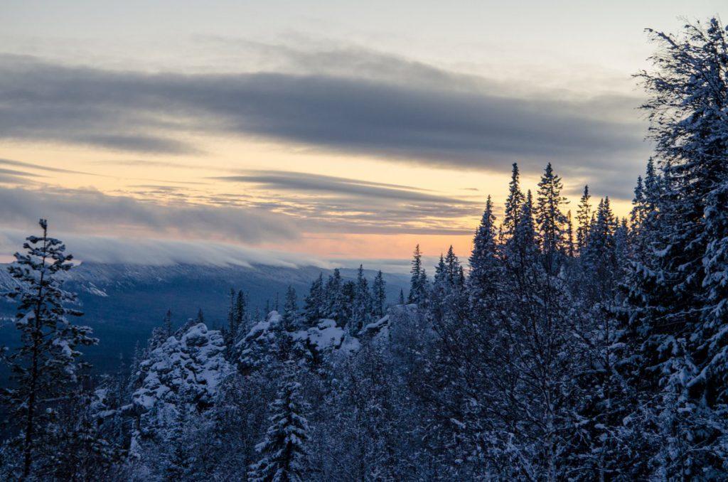 Закат с хребта Зигальга зимой