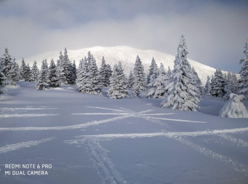 Вершина Поперечная на хребте Зигальга зимой