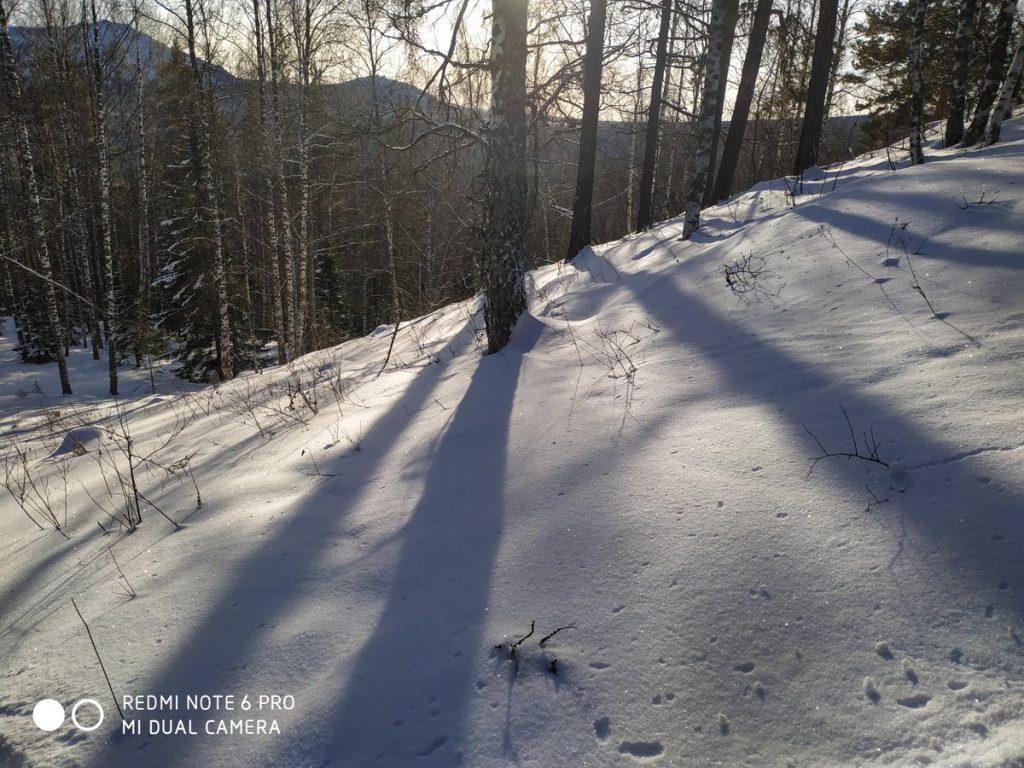 Дорога на хребет Бакты зимой