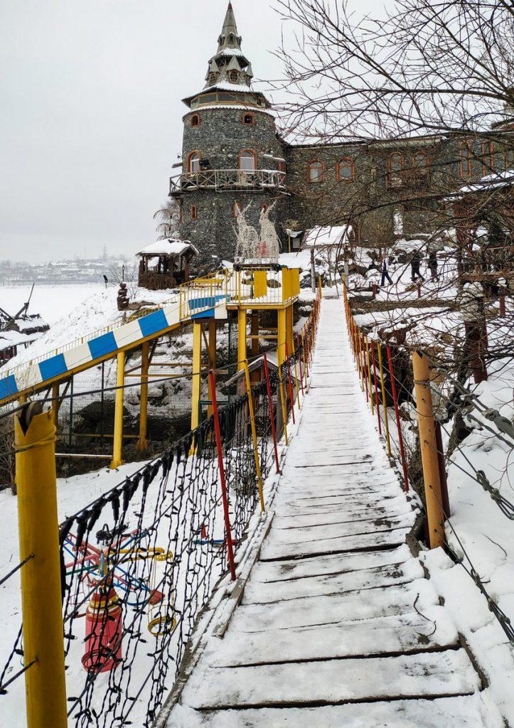 Подвесной мост в Сонькиной лагуне
