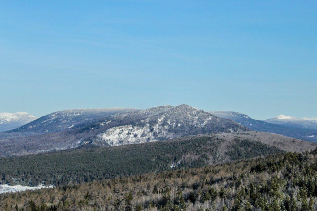 Вид с хребта Бакты зимой