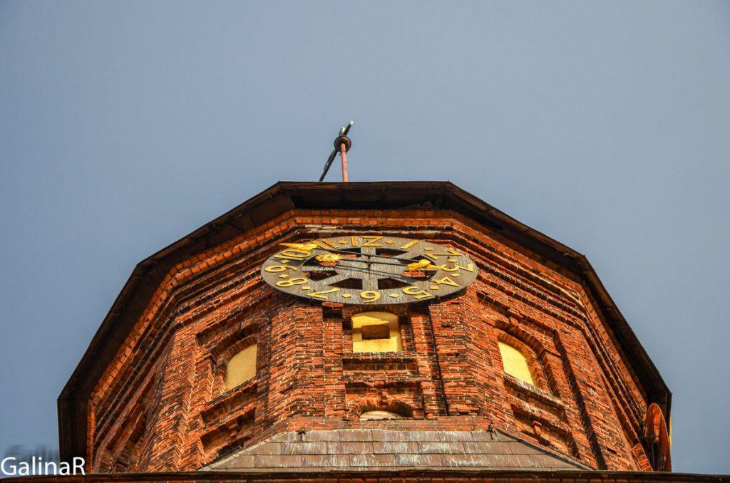 Часы на башне Кафедрального собора
