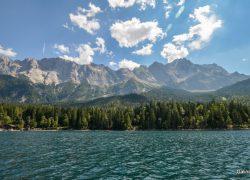 Горы вокруг озера Айбзее