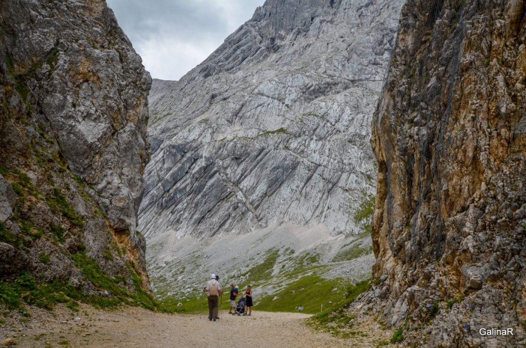 Дорога от Альпшпитце до Кройцек