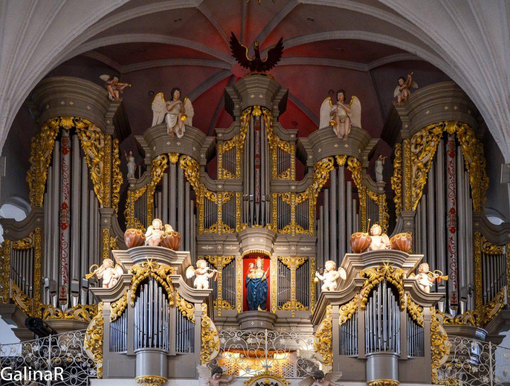 Большой орган в Кафедральном соборе