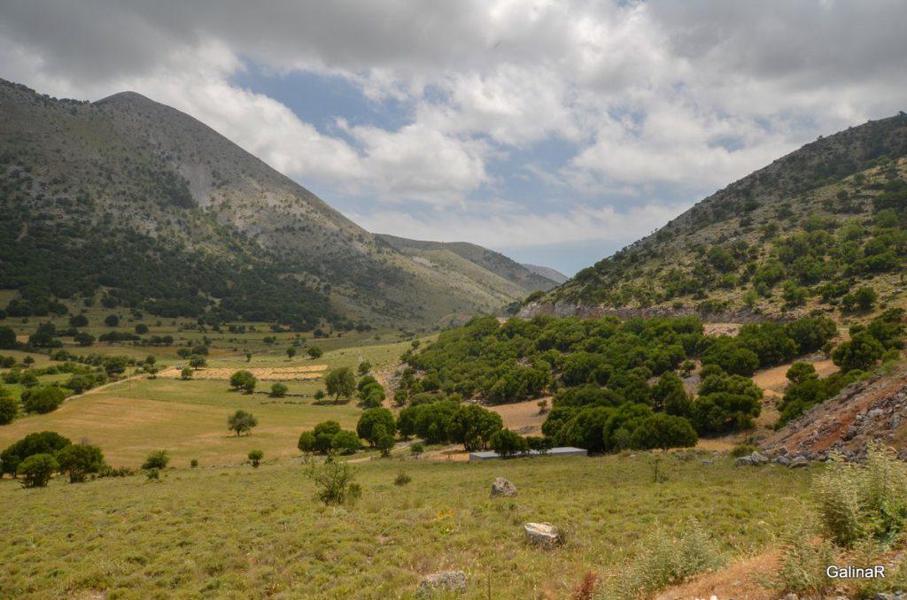 Дорога на ущелье Имброс на Крите
