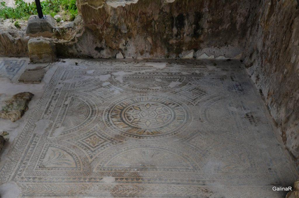 Древняя мозаика в Аргироуполисе на Крите