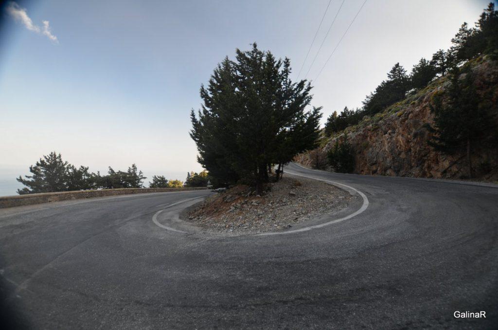 Слепые поворота на дорогах Крита