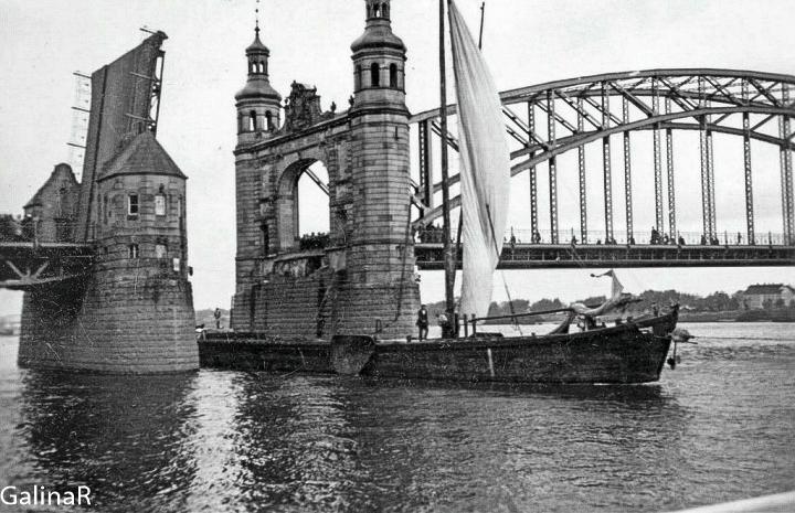 Мост Королевы Луизы разводной пролет