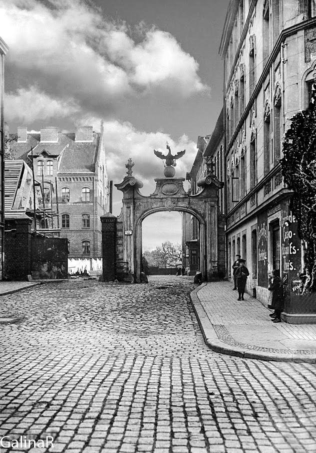 Портал госпиталя Лебенихта, довоенное фото