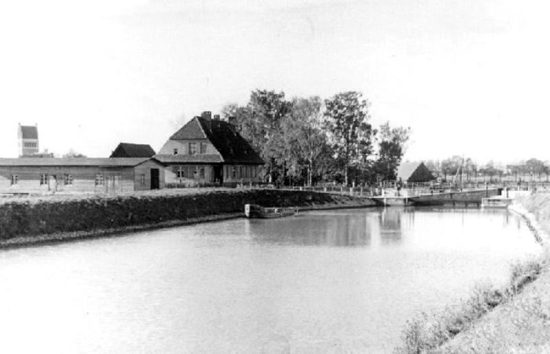 Мазурский шлюз в Дружбе, старое фото